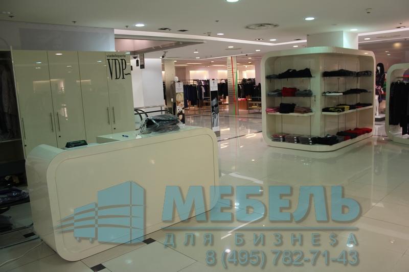 be3a4737acc8c Торговые вешала для магазинов одежды