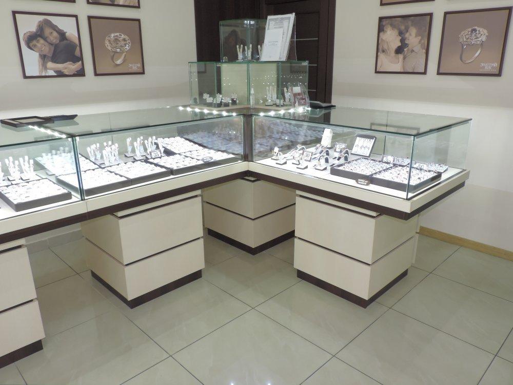 фото витрин ювелирных магазинов основе